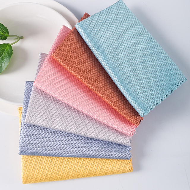 PRO TECH - (TM)  NON STEAKING-NANO 3 CLEANING CLOTH. 5