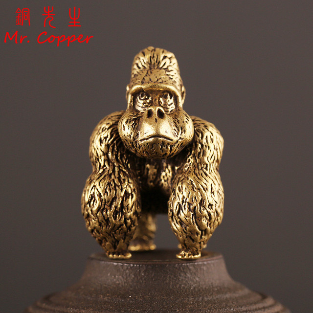 Bronze Gorilla Statue Office Room Desk Ornament Miniature Copper Monkey Figurine Key Chain Ring Pendant Home Decor Kids Gift Toy 1