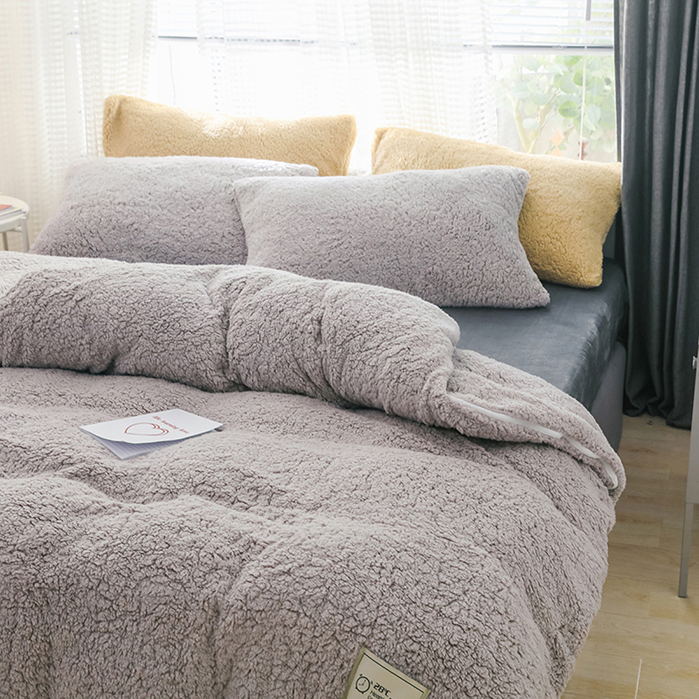 Home Textiles Winter Bedding Set Soft Warm Lamb Cashmere Duvet Cover Solid Fleece Flat Sheet Pillowcase Bed Cover Full Beddingg