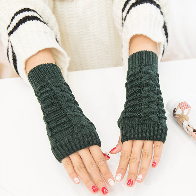 Fashion Men And Women New Wild Short Arm Sleeves Half Finger Short Paragraph Warm Keyboard Gloves