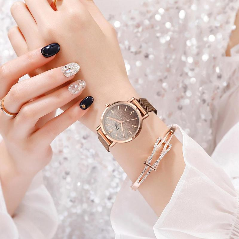Fashion Lady Magnet Buckle Gradient Starry Sky Watch New Steel Band Quartz Watch Stainless Steel Mesh Bracelet Watch