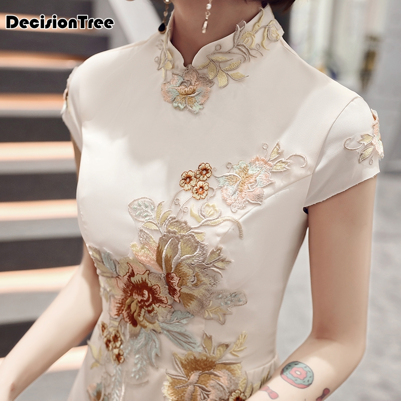 2019 Chinese Dress Wedding Party Cheongsam Oriental Evening Grown Chinese Style Women Elegant Qipao Embroidery Robe Vestido