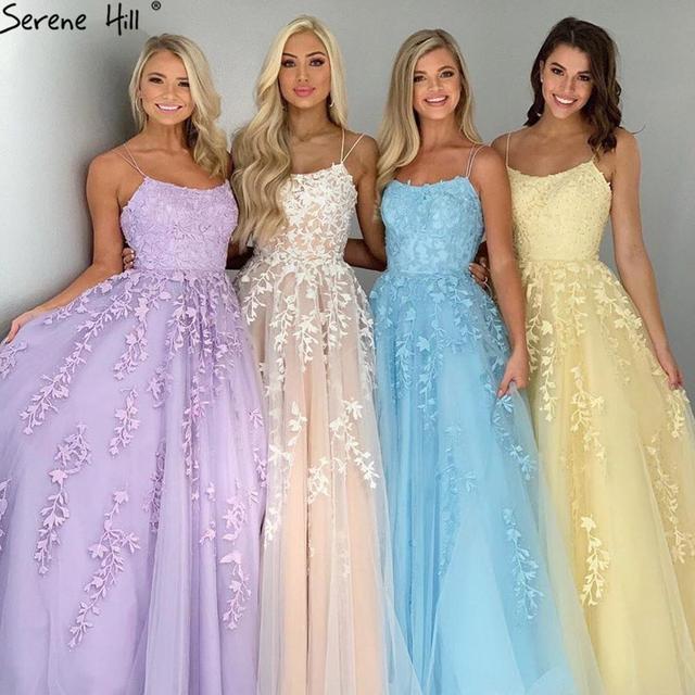 فستان حفلة موسيقية شامبانيا من Serene Hill طويل 2020 مزين بالدانتيل كريستال بدون أكمام مثير على شكل حرف a فستان حفلات التخرج المدرسي CLA70506