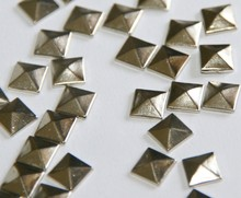 "New 100pc Hotfix Iron On, 7mm Flat Back Silver Pyramid Studs - 1/4"" FlatBack Glue on Studs(China)"