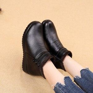 Image 3 - GKTINOO 2020 Mode Winter Stiefel Frauen Leder Knöchel Warme Stiefel Mom Herbst Plüsch Keil Schuhe Frau Schuhe Große Größe 35 41