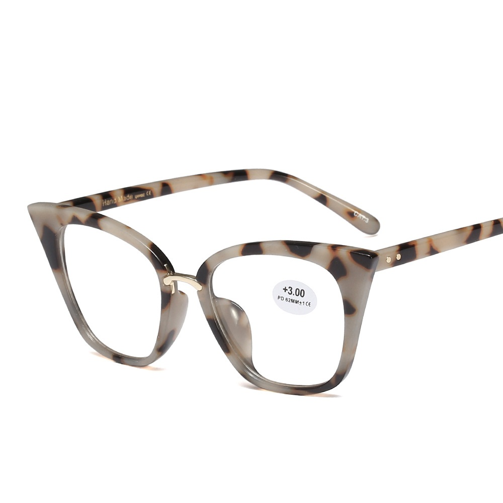 Women Elegant Light Cosy Rivet Frame Cat Eye Comfortable Reading Glasses Presbyopia 0.5 1.0 1.5 2.0 2.5 3.0 3.5 4.0 Diopter
