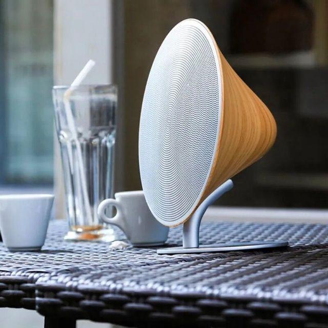 Retro Bluetooth Lautsprecher im edlen Holz Look 3