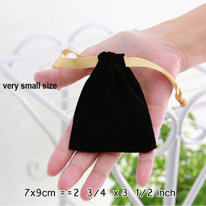 Image 3 - Gold Ribbon Black Velvet Gift Bags 7x9cm 8x10cm 11x16cm 18x22cm pack of 50 can print gold logo Makeup Jewelry packaging Pouches