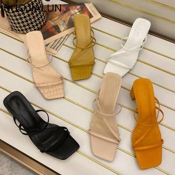 SUOJIALUN Women Summer Outdoor Sandal High Square Heel Flip Flop Ladies Brand Women Slipper Elegant Women Slides Shoes