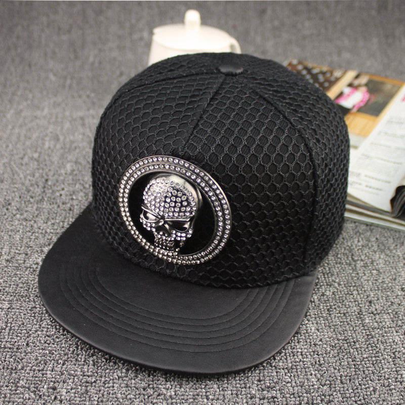 2019 New Acrylic Metal Skull Baseball Cap Hip-hop Cap Adjustable Snapback Hats For Men And Women