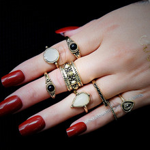 NJ Retro 8 Pieces Set Golden Rings Simple Unique Design Woman Wedding Chic Gem Ladies Accessories