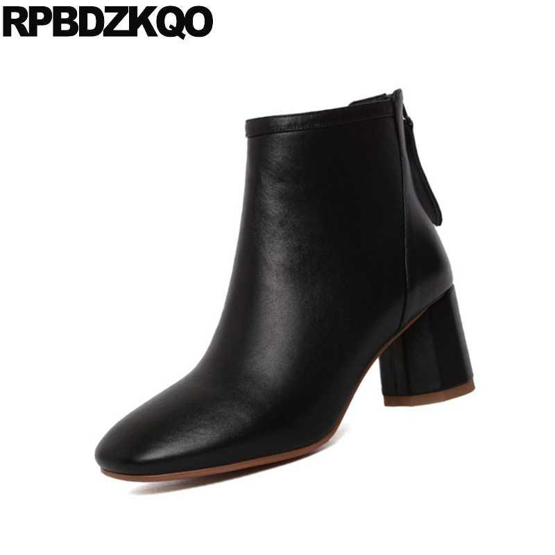 Kadın siyah kürk tıknaz patik sonbahar kısa ayakkabı kış sonbahar hakiki deri blok lüks kadın yarım çizmeler 2019 yuvarlak ayak yeni