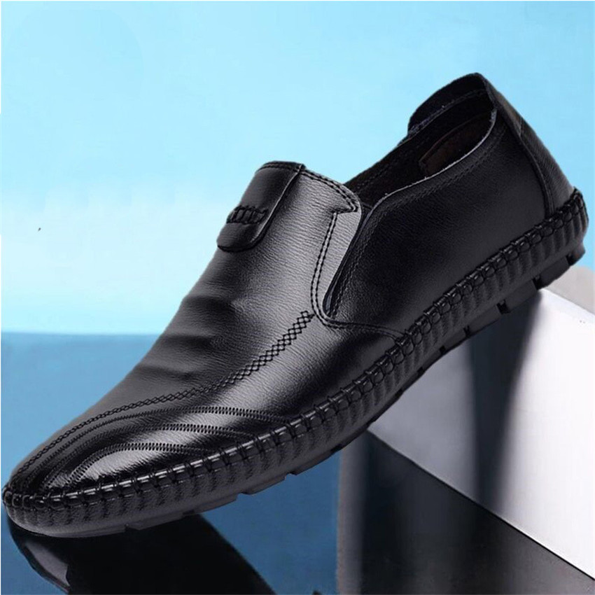 Men's Casual Leather Shoes Slip On Lazy People Set Foot Casual Single Shoes Breathable Rubber Formal Dress Shoes Maggie's Walker