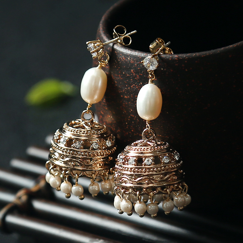 Perle naturelle luxe indien mode ethnique vintage gland grandes boucles d'oreilles élégantes pour les femmes Punk style doré creux femme bijoux