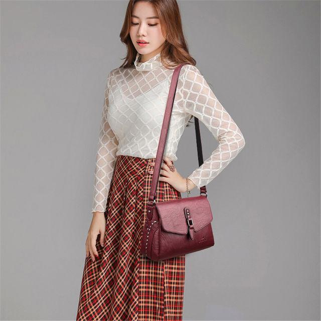 Vintage Women Rivet Shoulder Bags Luxury Soft Leather Handbags Women Bags 2020