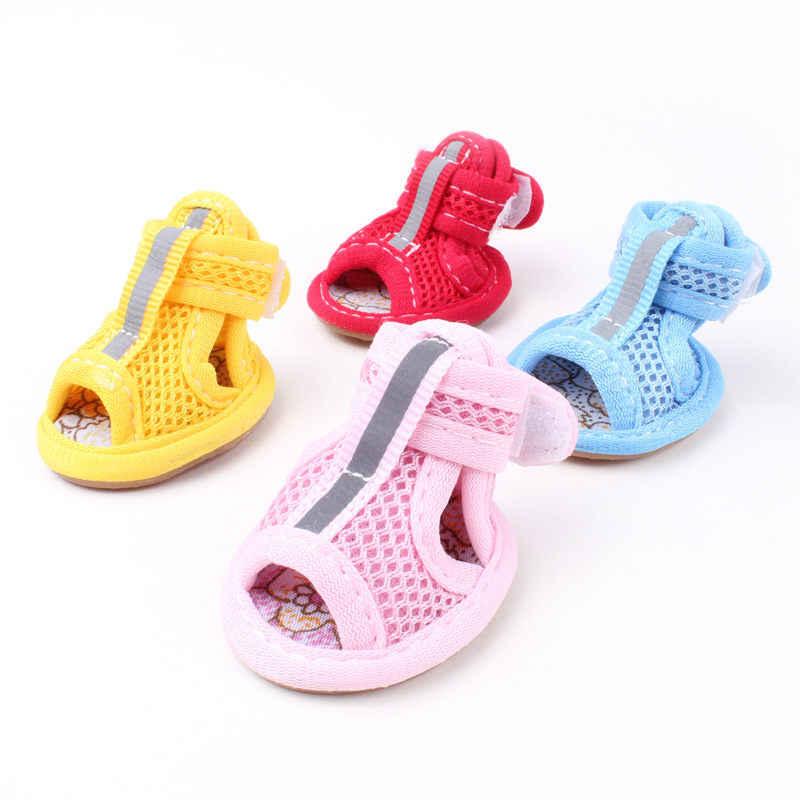 4 adet sıcak satış rahat Pet nefes sandalet ayakkabı ilkbahar yaz köpek Antiskid ayakkabı botları küçük köpekler kediler ayakkabı şeker renkleri