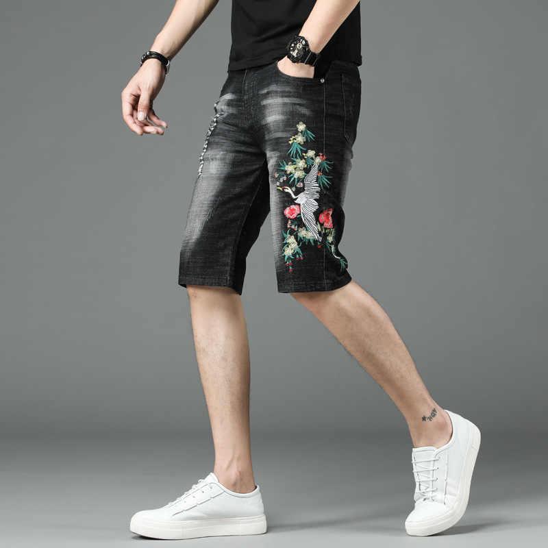 Sommer 2020 Stickerei Drachen Denim Shorts Männer Vintage Personalisierte Stretch Ausgefranste Knie-Länge Jeans Mode Gerade Hot Pants