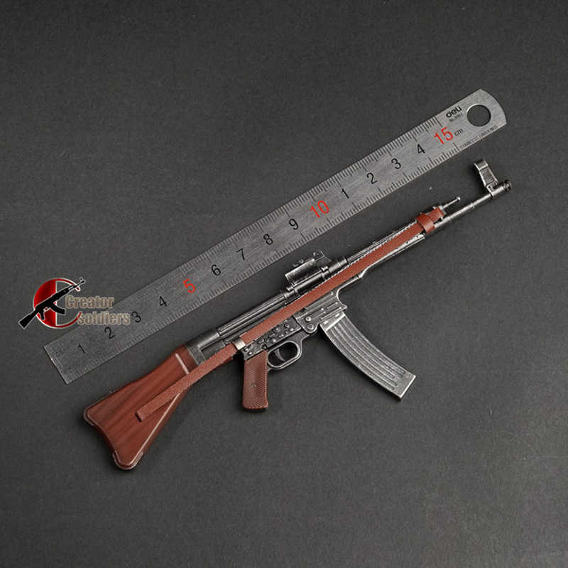 1//10 SCALE AMMODEL WW2 WEAPONS  MP44 STG44 POUCH FOR FIGURES BODY