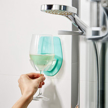 Пластиковый держатель для винного стекла для ванной комнаты, для душа, красный держатель для винного стекла, шелковистый крепкий стеллаж для хранения винного стекла, Прямая поставка