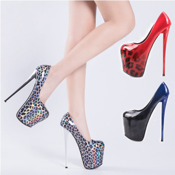 Women's high heels spring 2020 shallow mouth thick bottom leopard gradient fashion simple 19CM wedding shoes pole dance shoes