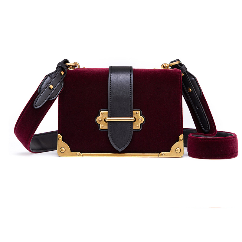 Ins Super Fire Small Bag Women 2019 Autumn And Winter New Tide Velvet Shoulder Bag Chain Small Square Bag