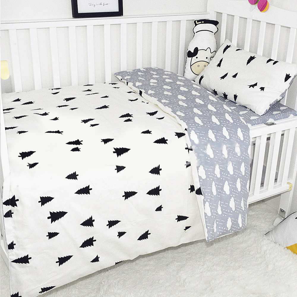 3Pcs Cotton Crib Bedding Set Baby Bed Linens Boy Girl Cartoon Baby Bedding Set Includes Pillowcase Bed Sheet Duvet Cover