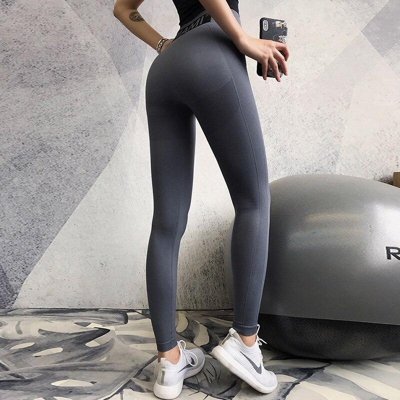 2019 miel pêche musculation pantalon femme lettre fermer Slim hanche pantalon courir mouvement Yoga pantalon Leggins Sport femmes Fitness Leggings - 2