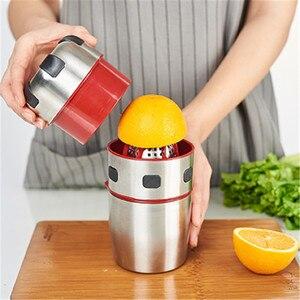 Image 1 - 강력한 스테인레스 스틸 오렌지 Juicer 휴대용 수동 뚜껑 회전 감귤류 Juicer 레몬 오렌지 귤 주스 압착기