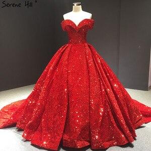 Image 2 - أحدث تصميم الأخضر قبالة الكتف حجم كبير فستان الزفاف 2020 بلا أكمام فاخر الدانتيل الترتر فستان زفاف BHM66742 كوتور