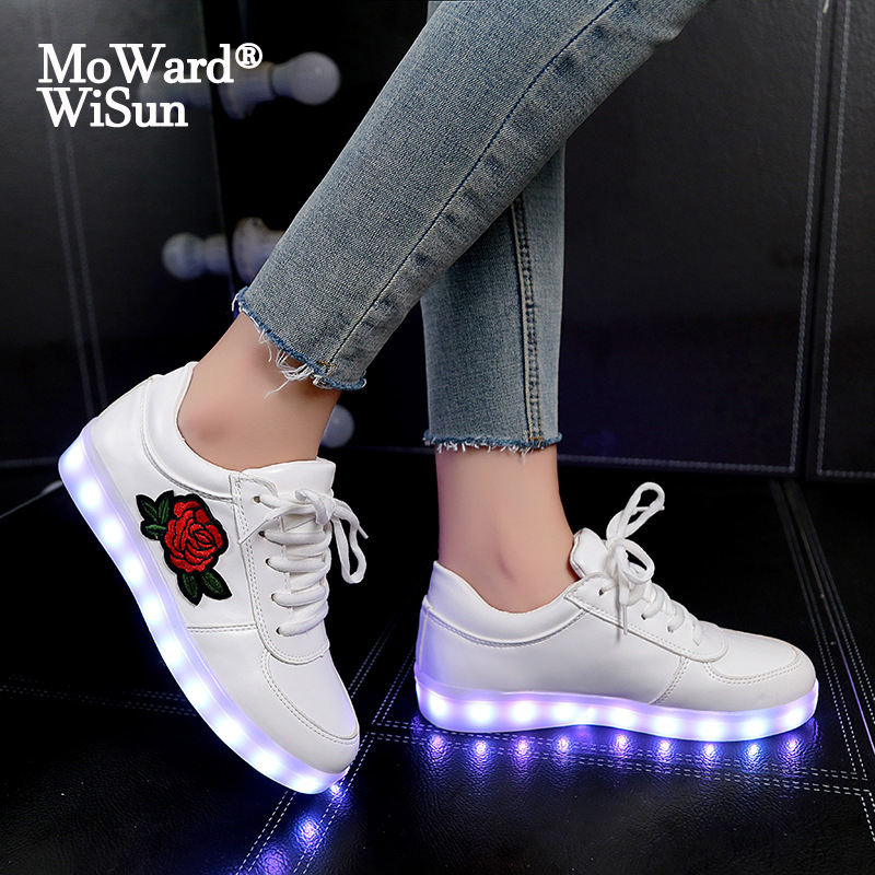 Size 30-43 Kids Glowing Luminous Sneakers Women Shoes With Lighted Sole USB Charging Children LED Lighted Slipper For Boys Girls
