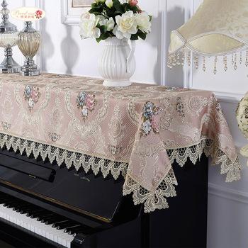 Dumna róża koronki narzuta na pianino haftować europejski pokrowiec z materiału pyłoszczelna ręcznik fortepianowy uniwersalny pyłoszczelna pół okładka tanie i dobre opinie CN (pochodzenie) T82611 Other Europa Blue Pink Champagne 90x200cm 1 piece
