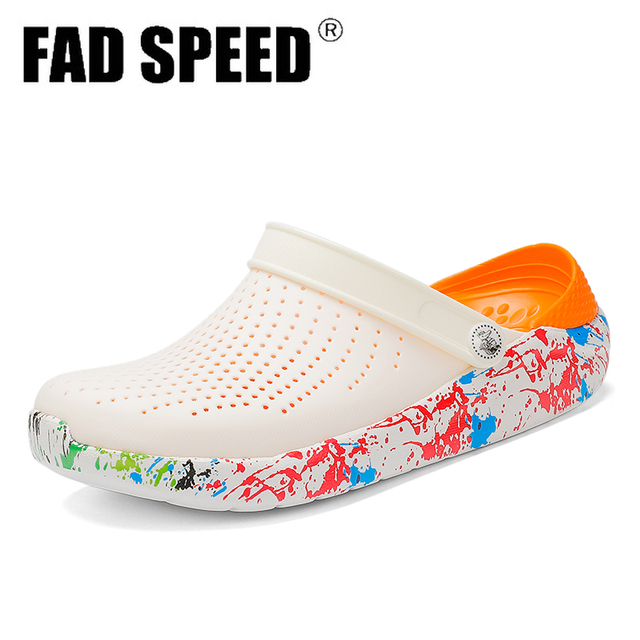 2020 Men Sandals Crocks LiteRide Hole Shoes Crok Rubber Clogs For Unisex EVA Garden Shoes Black Crocse Adulto Cholas Hombre