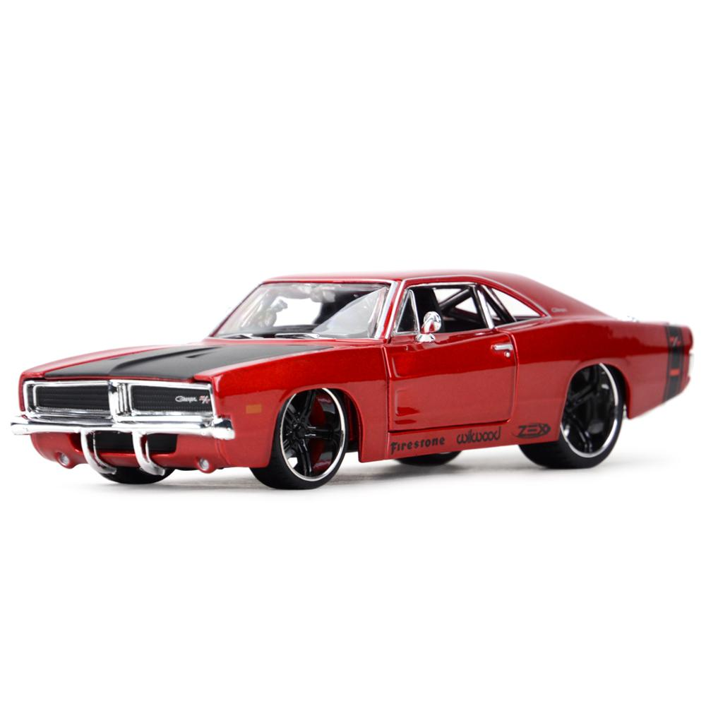 Maisto 1:24 1969 Dodge Charger R T Static Die Cast Vehicles Collectible Model Car Toys