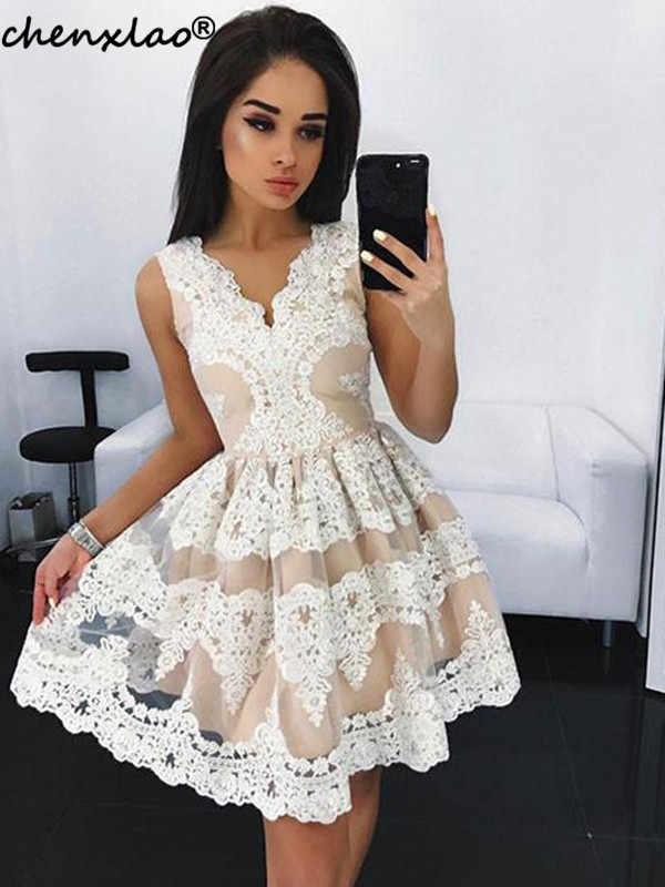 Elegante Vestido 2019 Decote Em V Sem Mangas Lace Apliques Curto Vestido de Festa do Regresso A Casa Mini Vestidos do Regresso A Casa