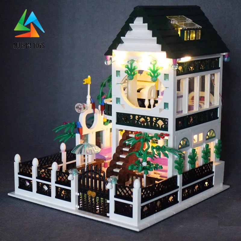 1500Pcs XINGBAO Building Blocks XB-01202 Compatible легоe Romantic Heart house with light Children Toys Bricks