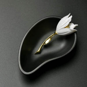 Fashion Jewelry Accessories White Red Tulip Brooch Unique Party Christmas Gift Hot Brooch Jewelry