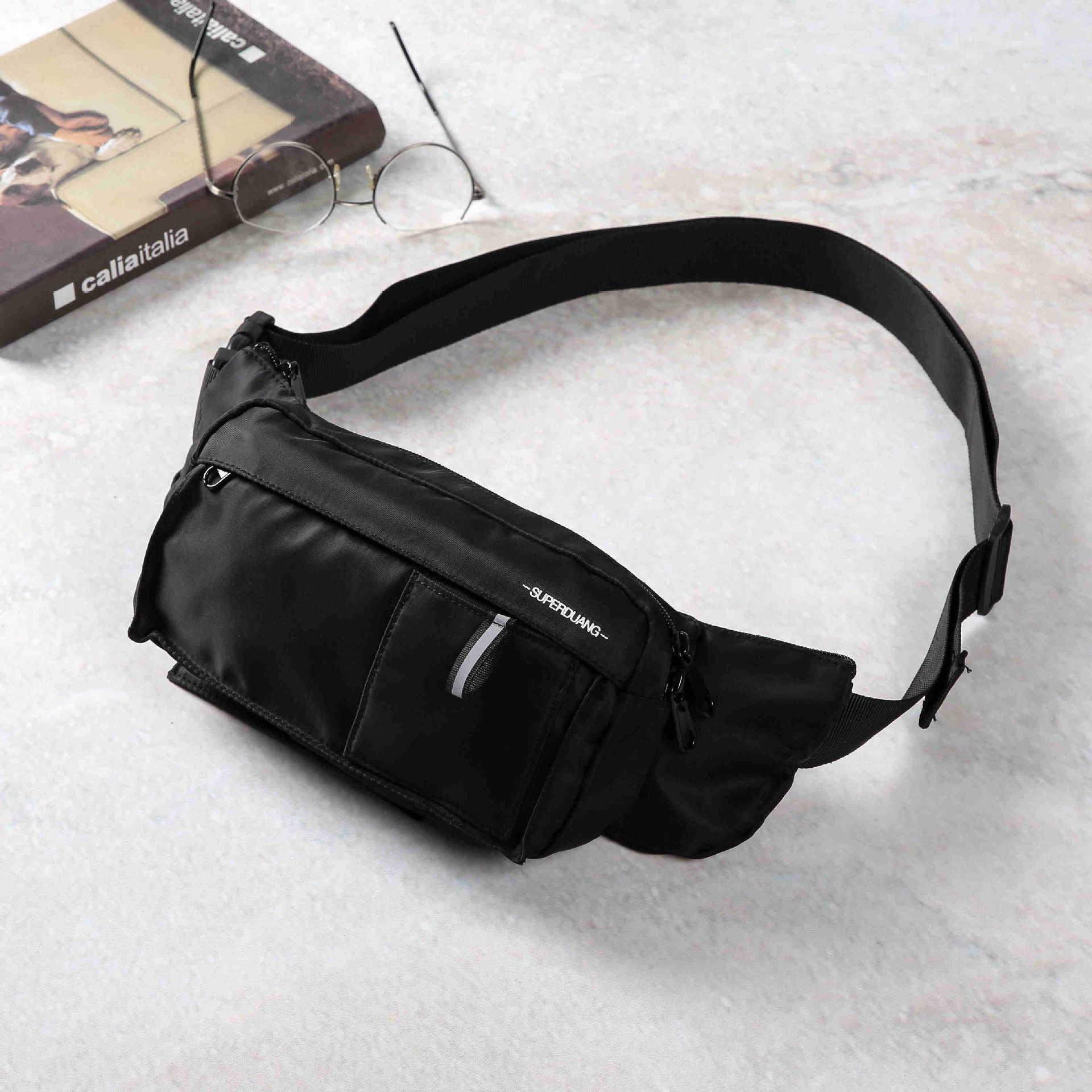 2019 Trendy Men's Fashion Leisure Sports Riding Back Satchel Chest Bag Korean Version