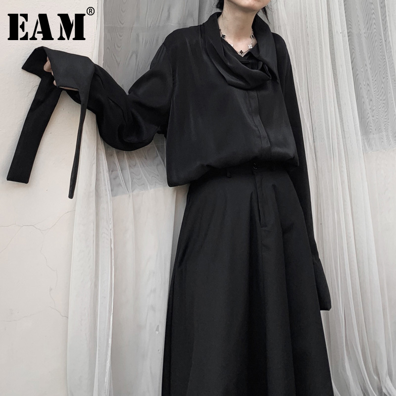 [EAM] Women Black Cuff Banage Split Big Size Blouse New Long Sleeve Loose Fit Shirt Fashion Tide Spring Autumn 2020 19A-a607