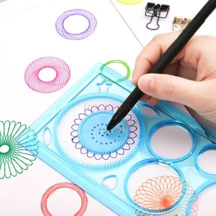 Flower Curve Ruler Kaleidoscope Children's Multifunctional Drawing Ruler Bustling Curve Rule Hollow Lace Ruler Student Stationer