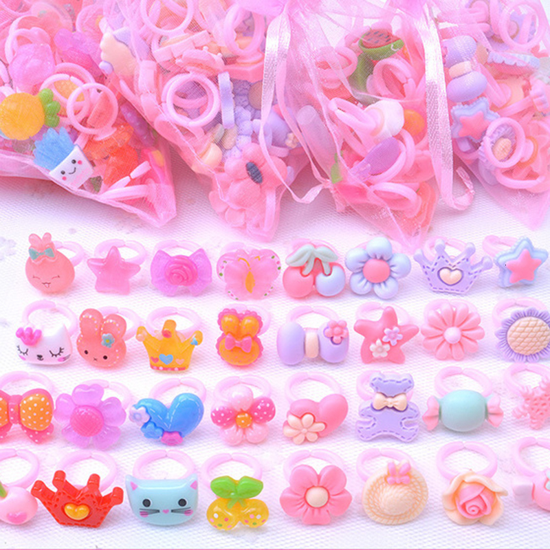 10pcs/lot Resin Cartoon Rings For Girls Dress Up Accessories Party Kids Toy Random Color Cute Kids Girl Gift 2019 New Wholesale