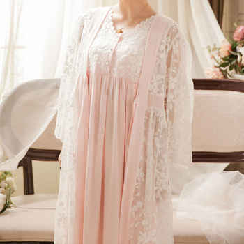 2019 Robe Gowns Set 2 Piece Sleepwear Vintage Robe Lace Nightgown Set For Ladies Embroidery Sleepwear Princess Robe Gowns #L120