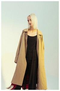 Image 5 - [EAM] kobiety Plaid Tasses obie strony nosić duży rozmiar wykop nowa z klapami z długim rękawem luźny krój wiatrówka moda wiosna 2020 1M976