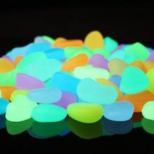 100 sztuk świecące w ciemności świecące kamienie skały świecące kamienie do dekoracji ogrodu trawnik akwarium Yard chodnik Fish Tank tanie tanio Luminous Stones Z tworzywa sztucznego glow in the dark pebbles Glow Rocks acuario decoration
