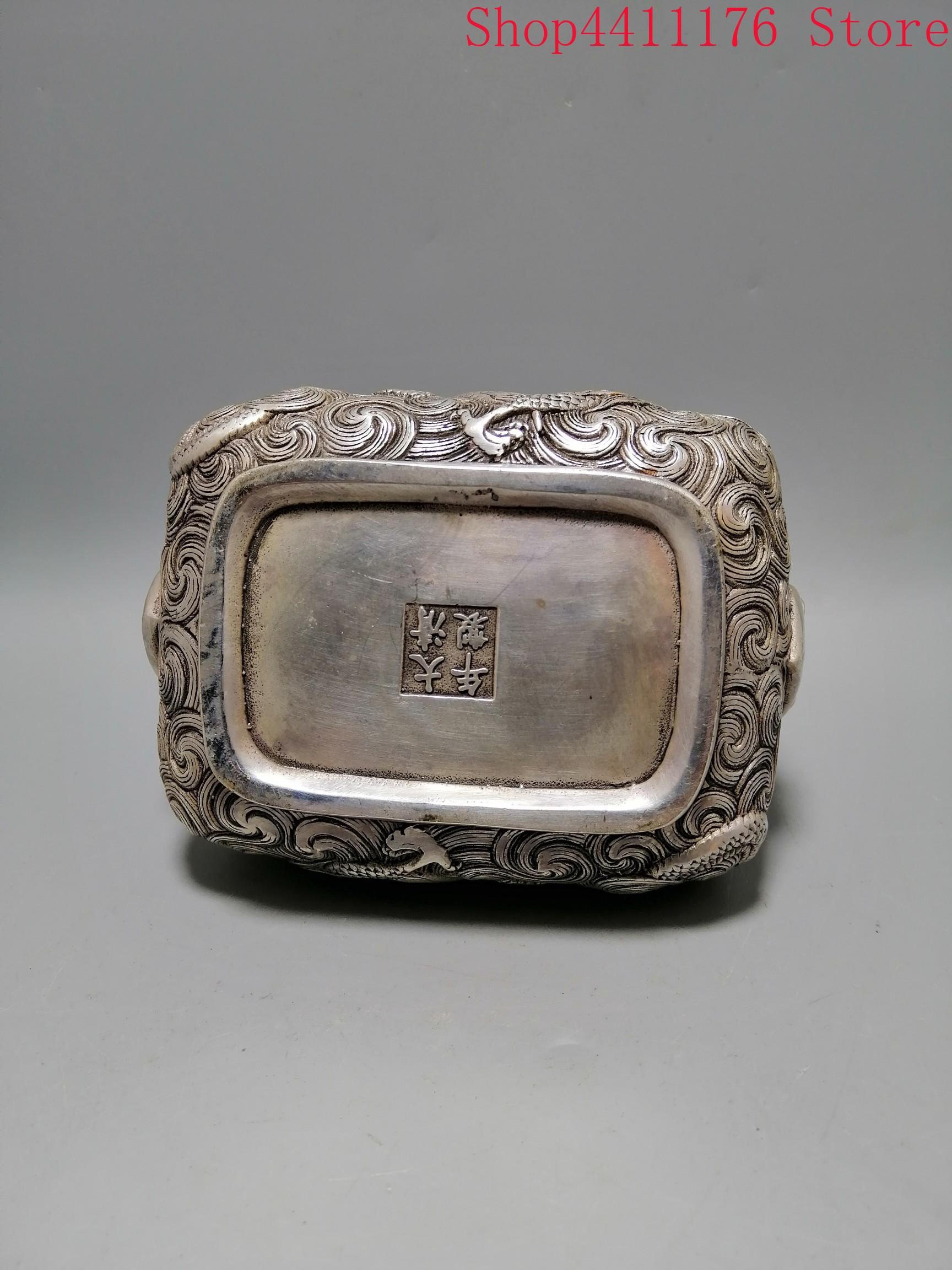 Um queimador de incenso quadrado esculpido raro na dinastia qing bronze dragão queimador de incenso - 2