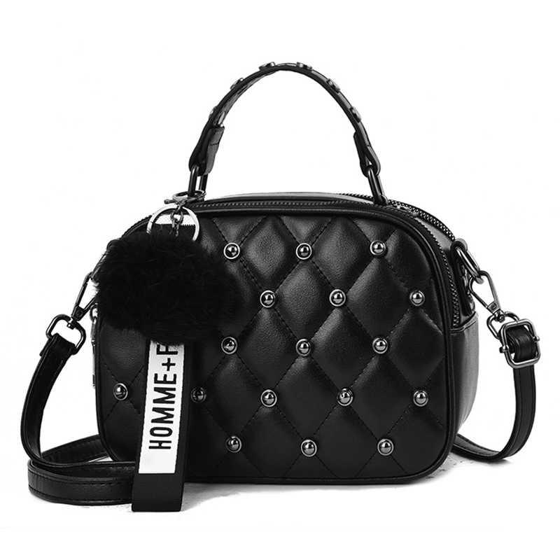 Mini PU Leder Umhängetaschen Für Frauen 2019 Haar ball Schulter Messenger Tasche Damen Kleine Niet Handtaschen Reise Hand Tasche