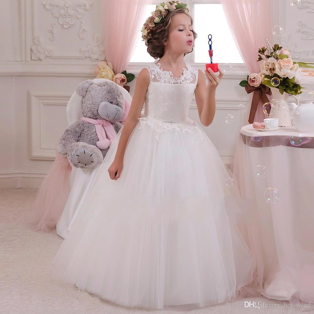 2018 Lovely Lace Appliqued Tulle Open Back With Bows Sash A Line Girls Birthday Party Gown Kids Formal Flower Girls Dresses
