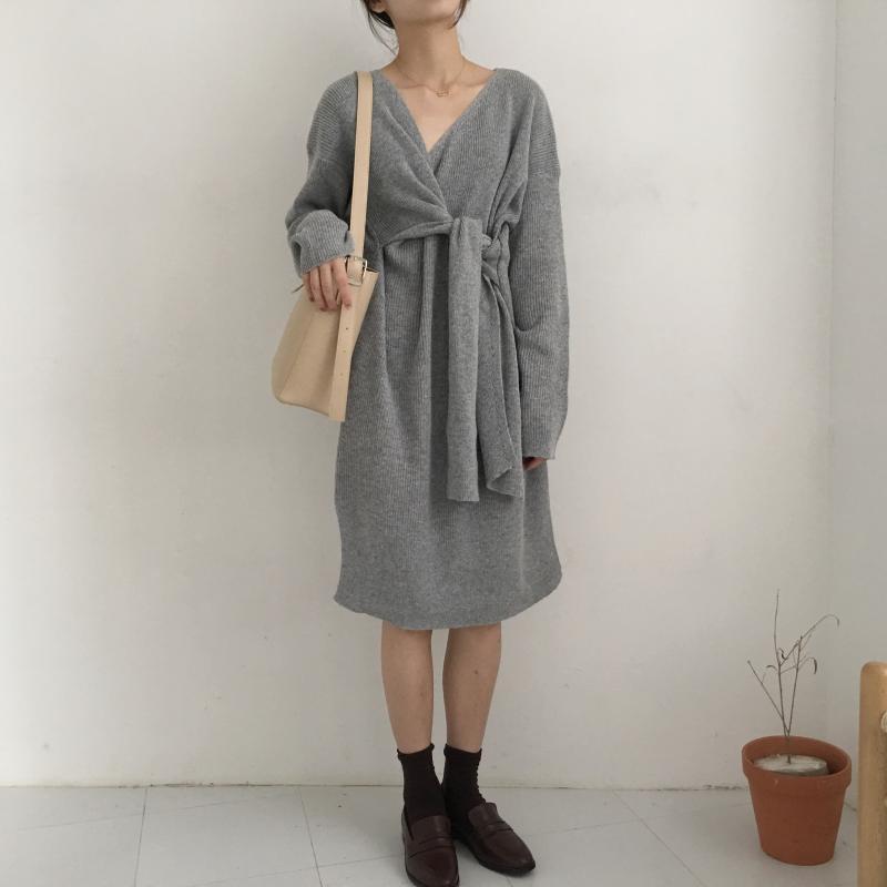 Hc390615efd46411f9082769c6bce3cb5X - Winter Korean V-Neck Long Sleeves Knitted Dress