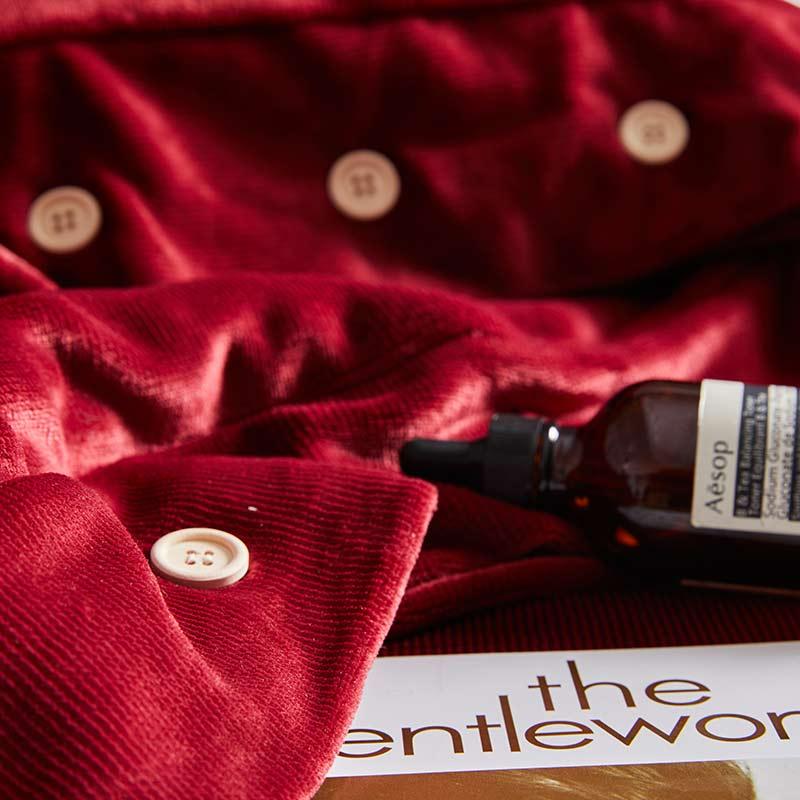 Couverture de lit de beauté Pure quatre ensembles de mode Simple atmosphère Style vin rouge doux respirant couverture couverture de couette de couleur unie - 2
