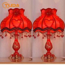 TUDA bezpłatna wysyłka w europejskim stylu ceramiczne stołowe lampa do sypialni romantyczna i przytulna lampka nocna ślubna dekoracyjna latarnia E27 tanie tanio CN (pochodzenie) Foyer Czerwony Dół Ue wtyczka 110 v 220 v 90-260 v Pokrętło przełącznika Żarówki led Nowoczesne