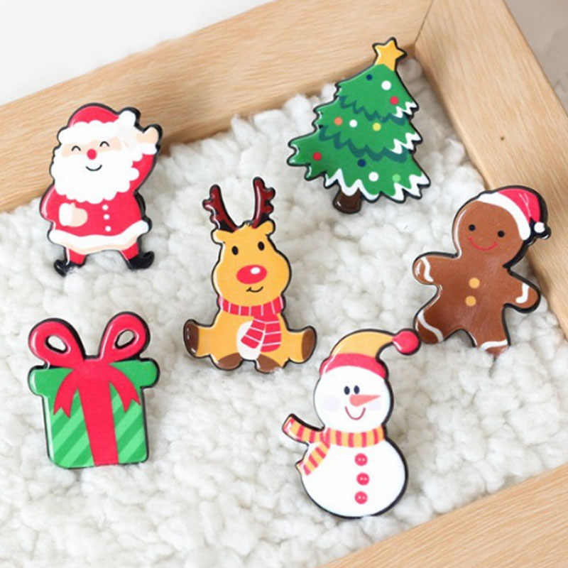 New Jewelry Acrylic Cute Clothing Christmas Cartoon Brooch Fashion Pins Gift Christmas Accessories